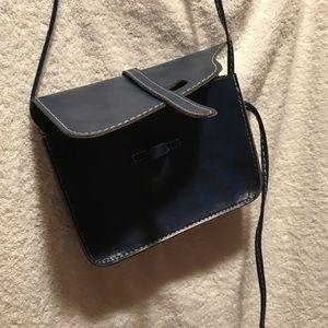 Bags - 👜NWOT Mini shoulder bag👜